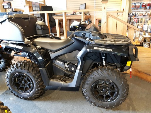 2017 Can-Am Outlander™ MAX XT-P™ 850 Photo 1 of 25
