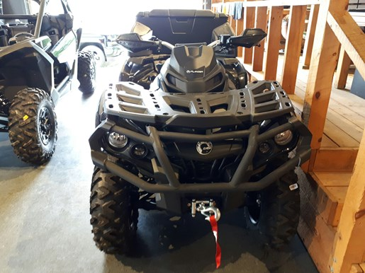2017 Can-Am Outlander™ MAX XT-P™ 850 Photo 2 of 25