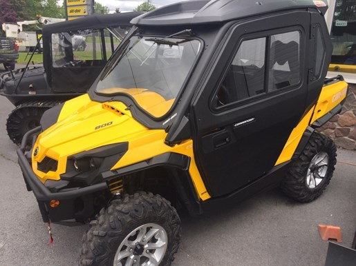2016 Can-Am Commander™ XT™ 800R Photo 1 of 3