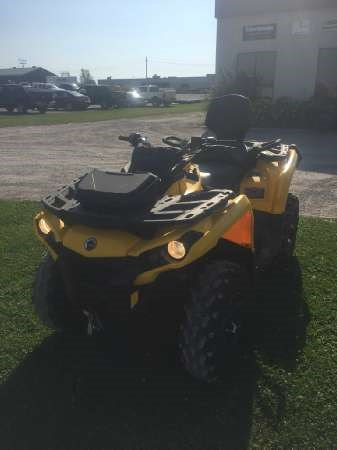 2015 Can-Am Outlander MAX XT 500 Photo 2 of 5