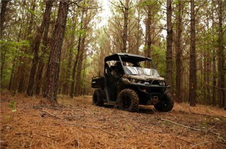 2017 Can-Am Defender DPS™ HD5 - Break-Up Country Camo® Photo 3 of 3