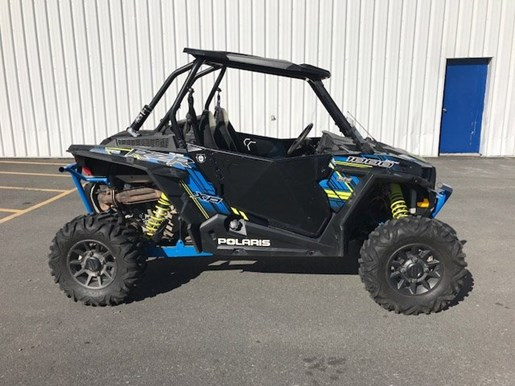 polaris rzr xp 1000 eps ride command 2017 used atv for sale in st mathias quebec. Black Bedroom Furniture Sets. Home Design Ideas