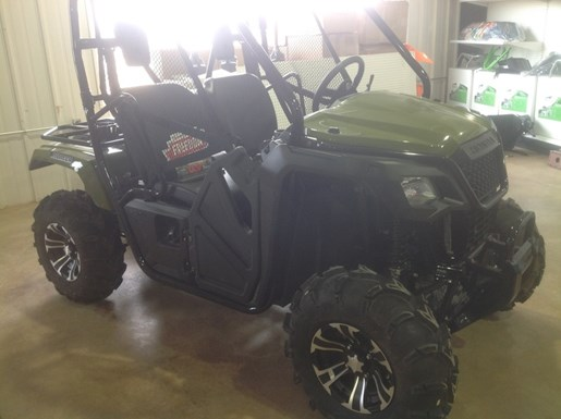 2017 Honda Pioneer™ 500 Phantom Camo® Photo 2 of 3