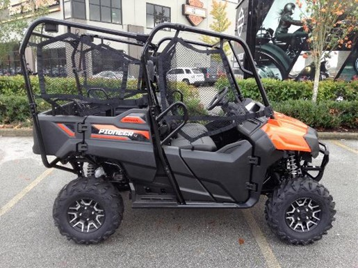 honda pioneer 700 4 deluxe 2018 new atv for sale in langley serving greater vancouver british. Black Bedroom Furniture Sets. Home Design Ideas