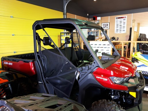 2018 Can-Am Defender HD8 Photo 4 of 6