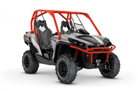 2018 Can-Am Commander™ XT™ 800R Brushed Aluminum & Can-Am Red Photo 1 of 1