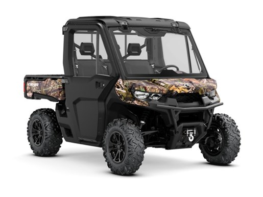 2018 Can-Am Defender XT™ CAB HD8 Mossy Oak Break-Up Country Ca Photo 1 of 2