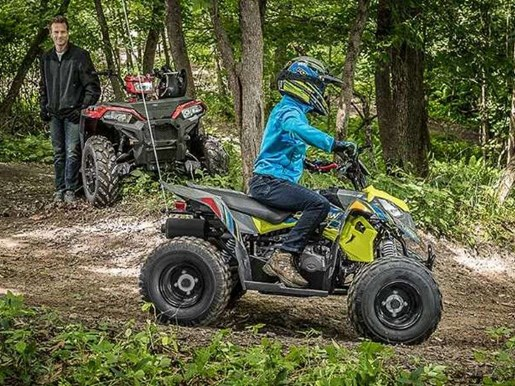 2018 Polaris OUTLAW 110 EFI GREY/PINK / 19$/sem Photo 1 sur 7