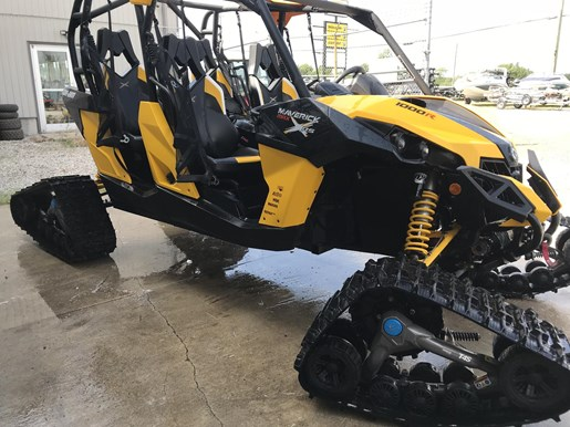 2014 Can-Am MAVERICK MAX X-RS DPS W/ TRACK KIT Photo 6 of 17