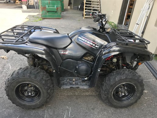 2010 Yamaha Grizzly 700 Photo 1 of 3