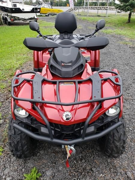 2018 Can-Am Outlander™ MAX XT™ 570 Photo 4 of 17