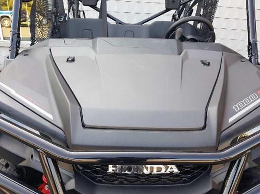 2018 Honda Pioneer 1000-5 Deluxe LE Photo 11 of 17