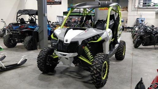2015 Can-Am Maverick™ X® ds 1000R Turbo White, Light Photo 1 of 9