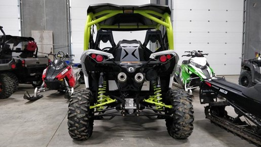 2015 Can-Am Maverick™ X® ds 1000R Turbo White, Light Photo 5 of 9