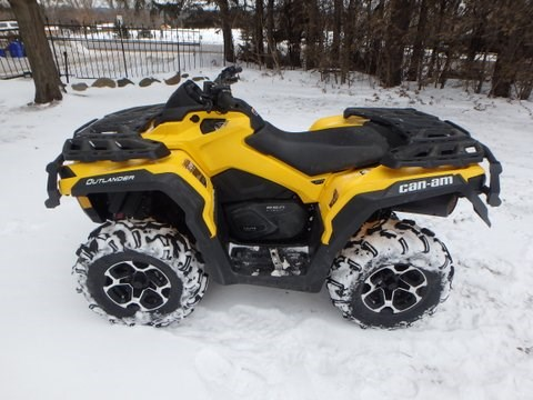 2013 Can-Am outlander Photo 1 of 8