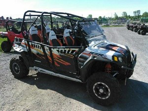 Polaris Ranger RZR 4 800 EPS White / Orange Madness Robby  2012