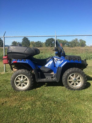 Polaris Sportsman 850 Touring EPS 2010