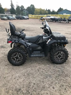 Polaris Sportsman® Touring XP 1000 EPS Black Pea 2016