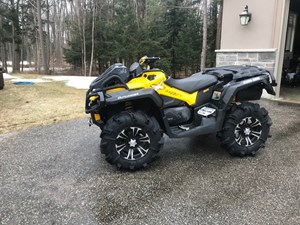 CAN-AM OUTLANDER XMR 2013