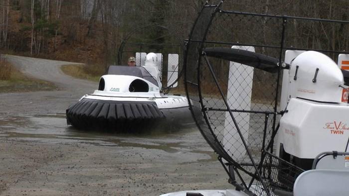 2020 Air Rider Hovercraft AR45 Ranger Photo 21 of 25