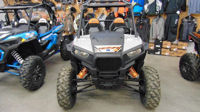 2019 Polaris RZR-19,900S,60,PS,Ghost Grey Photo 3 of 12