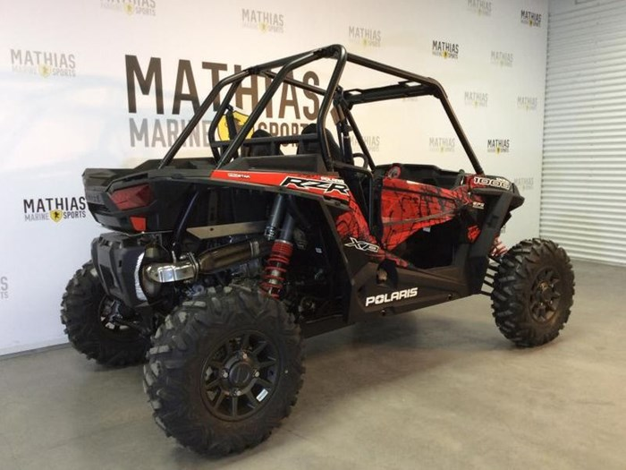 2018 Polaris RZR XP 1000 EPS BLACK PEARL Photo 2 of 16