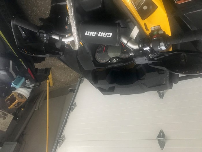 2013 CAN-AM OUTLANDER XMR Photo 6 of 13