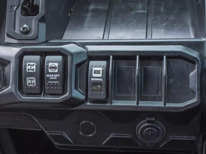 2019 Can-Am Defender XT™ HD10 Mossy Oak Break-Up Cou Photo 7 of 8