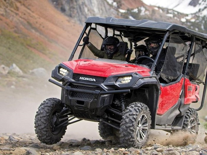 2019 Honda Pioneer 1000-5 EPS Deluxe Photo 12 of 15