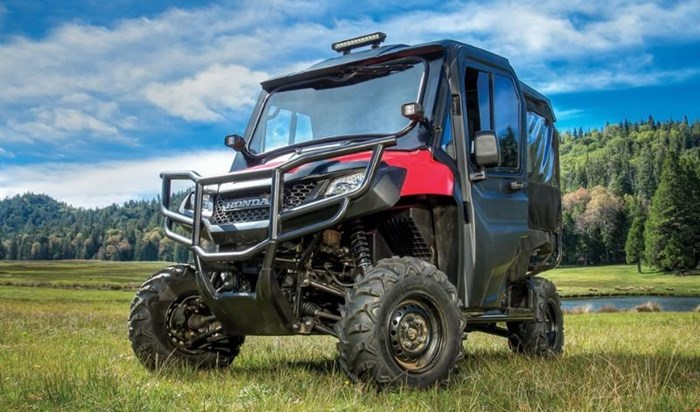 2019 Honda PIONEER 700 4 DELUXE CLOSE RANGE CAMO 2 Photo 4 of 10
