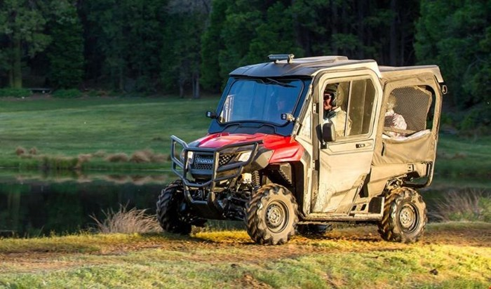 2019 Honda PIONEER 700 4 DELUXE CLOSE RANGE CAMO 2 Photo 10 of 10