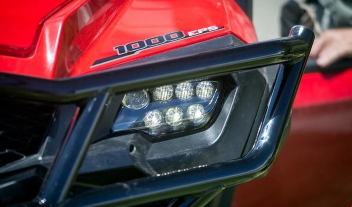 2019 Honda PIONEER 1000 5 EPS DELUXE PATRIOT RED Photo 11 of 15