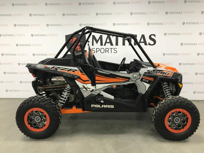 2018 Polaris rzr xp turbo Photo 1 sur 11