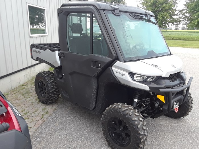 2019 Can-Am DEFENDER XT CAB HD10 Photo 2 of 4