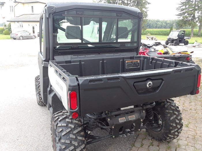 2019 Can-Am DEFENDER XT CAB HD10 Photo 3 of 4