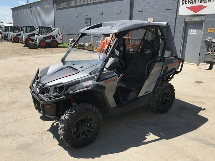 2016 Can-Am Commander™ XT™ 800R Photo 4 of 20