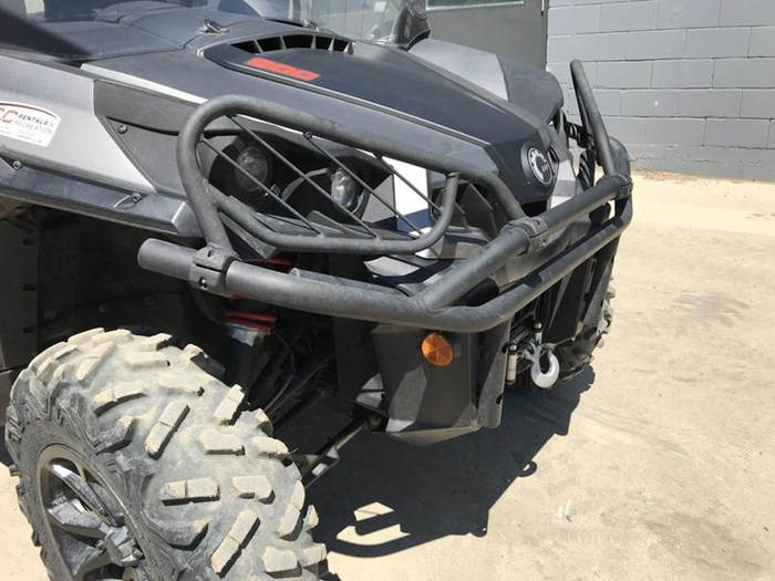 2016 Can-Am Commander™ XT™ 800R Photo 12 of 20