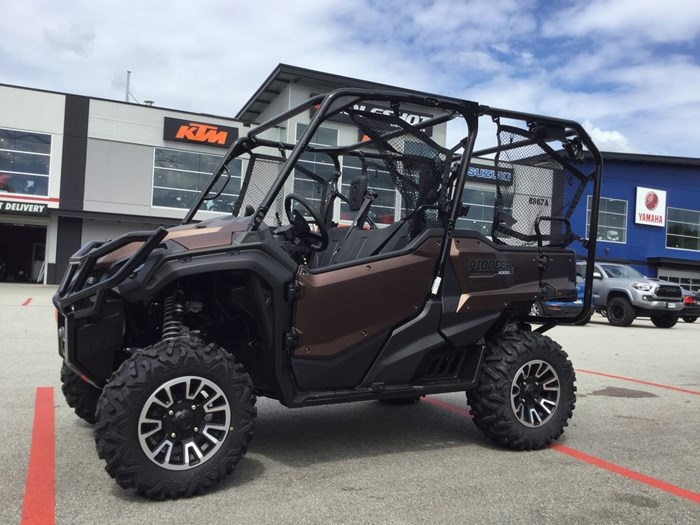 2020 Honda Pioneer 1000-5 EPS LE Photo 1 of 7