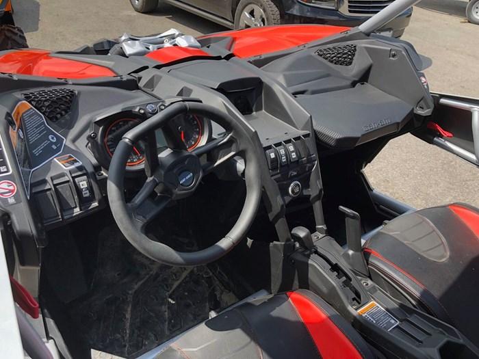 2019 Can-Am Maverick X3 X rs Turbo R Photo 8 of 9