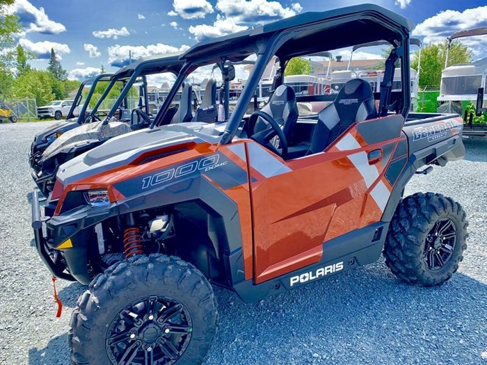 2019 Polaris General® 1000 EPS Deluxe Orange Rust Photo 3 of 15