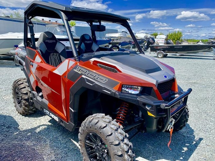 2019 Polaris General® 1000 EPS Deluxe Orange Rust Photo 11 of 15