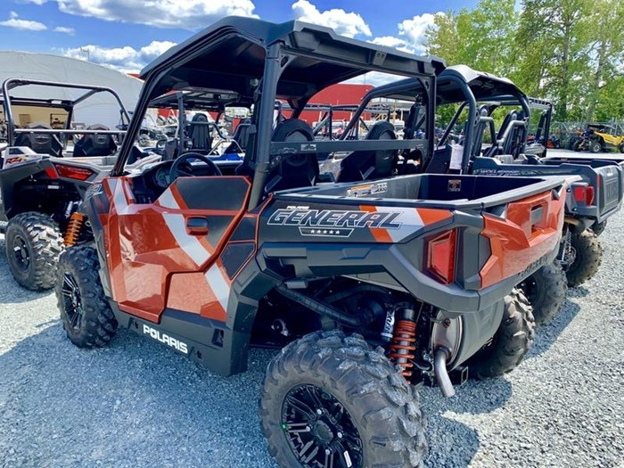 2019 Polaris General® 1000 EPS Deluxe Orange Rust Photo 14 of 15
