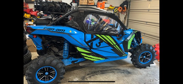 2019 Can-Am X3 Photo 2 of 14