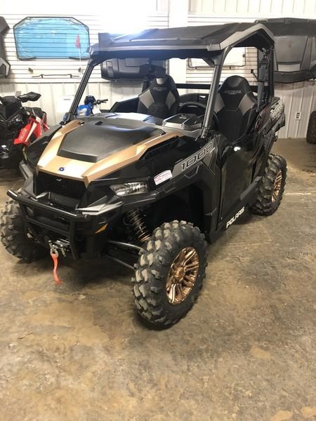 2019 Polaris General® 1000 EPS Ride Command Edition B Photo 1 of 14
