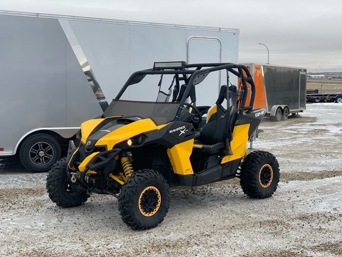 2013 Can-Am Maverick™ X® rs 1000R Photo 2 of 5