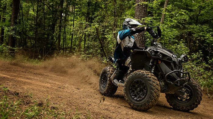 2021 Can-Am Renegade X xc 1000R Photo 2 of 2
