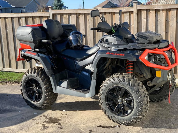 2020 Can-Am Outlander XT Photo 1 of 3