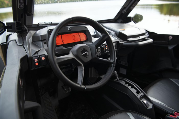 2021 Can-Am COMMANDER XT 1000R Photo 6 of 9
