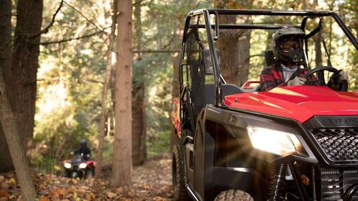 2021 Honda PIONEER 520 Photo 10 of 13